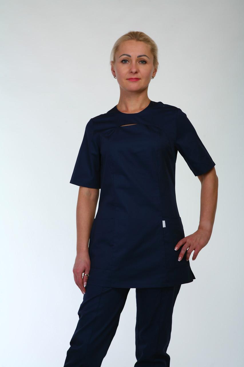Темно синий женский медицинский костюм с коротким рукавом