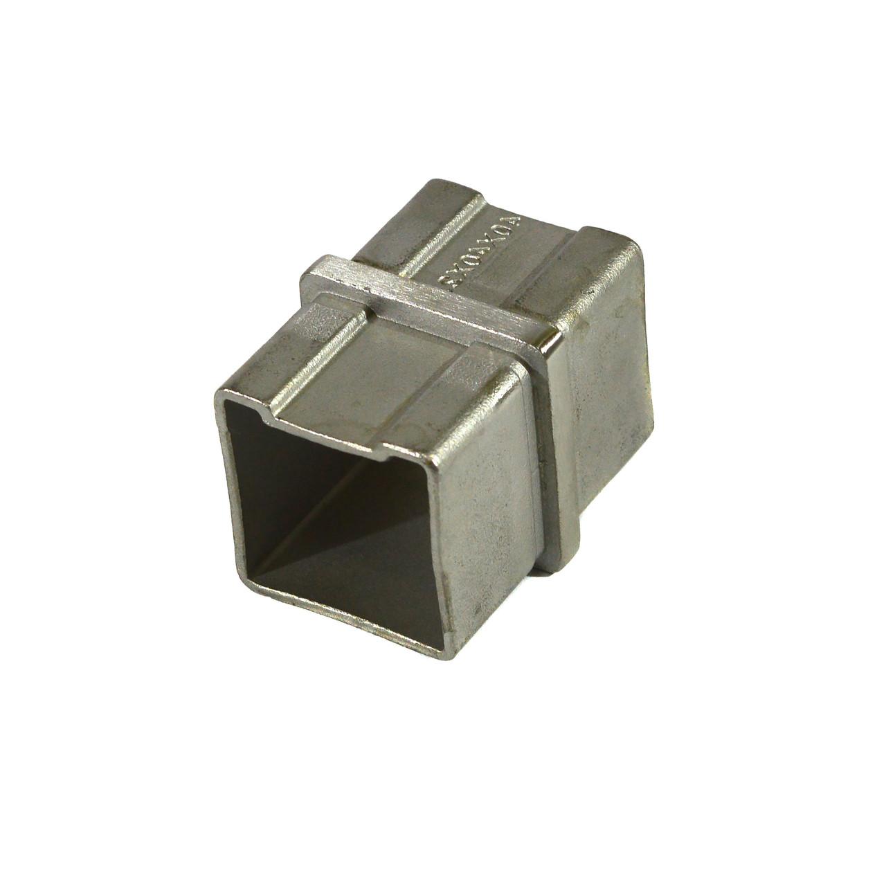 KLC-10-04-01 Соединитель квадратного поручня 40*40 мм