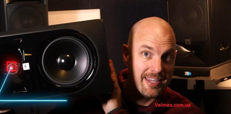 Почему студийные мониторы нельзя класть горизонтально? Объясняем на примере JBL LSR 306 MkII