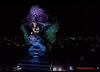 Martin Professional осветил одну из крупнейших религиозных статуй в мире