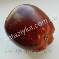 Яблоко крупное 6см бордовое, муляж натурального размера