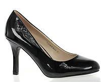 Стильные лаковые туфли черного цвета!