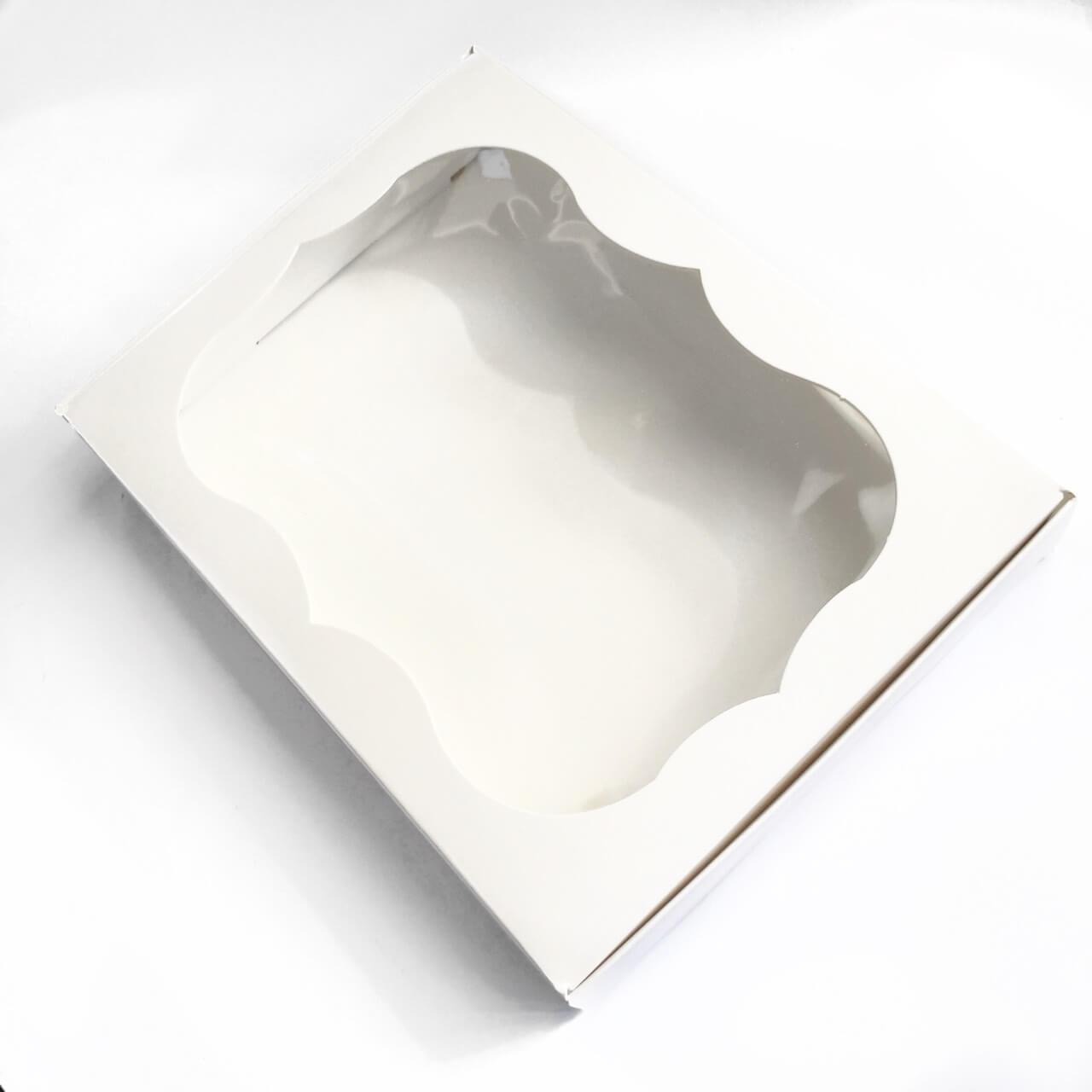 Коробка (белая) картонная подарочная 200*150*30 мм  для подарков с окошком