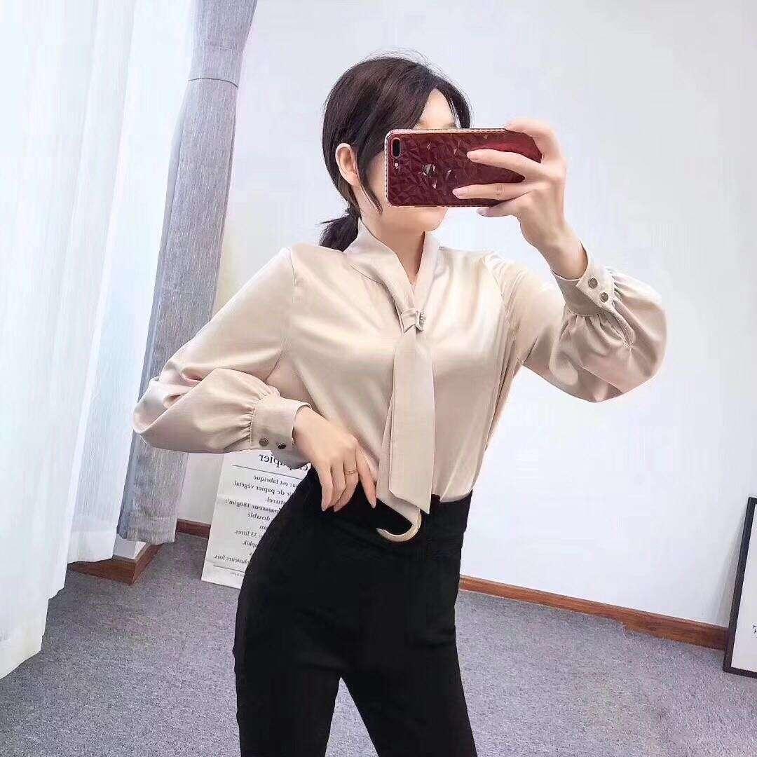 Атласная женская блузка 44-46 (в расцветках)