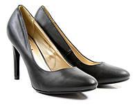 Стильные Удобные и модные женские туфли на каблуке черного цвета!
