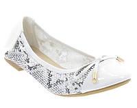 Стильные Женские балетки, лодочки туфли , туфли, на плоской подошве от производителя  белого цвета! Размеры: 37-42
