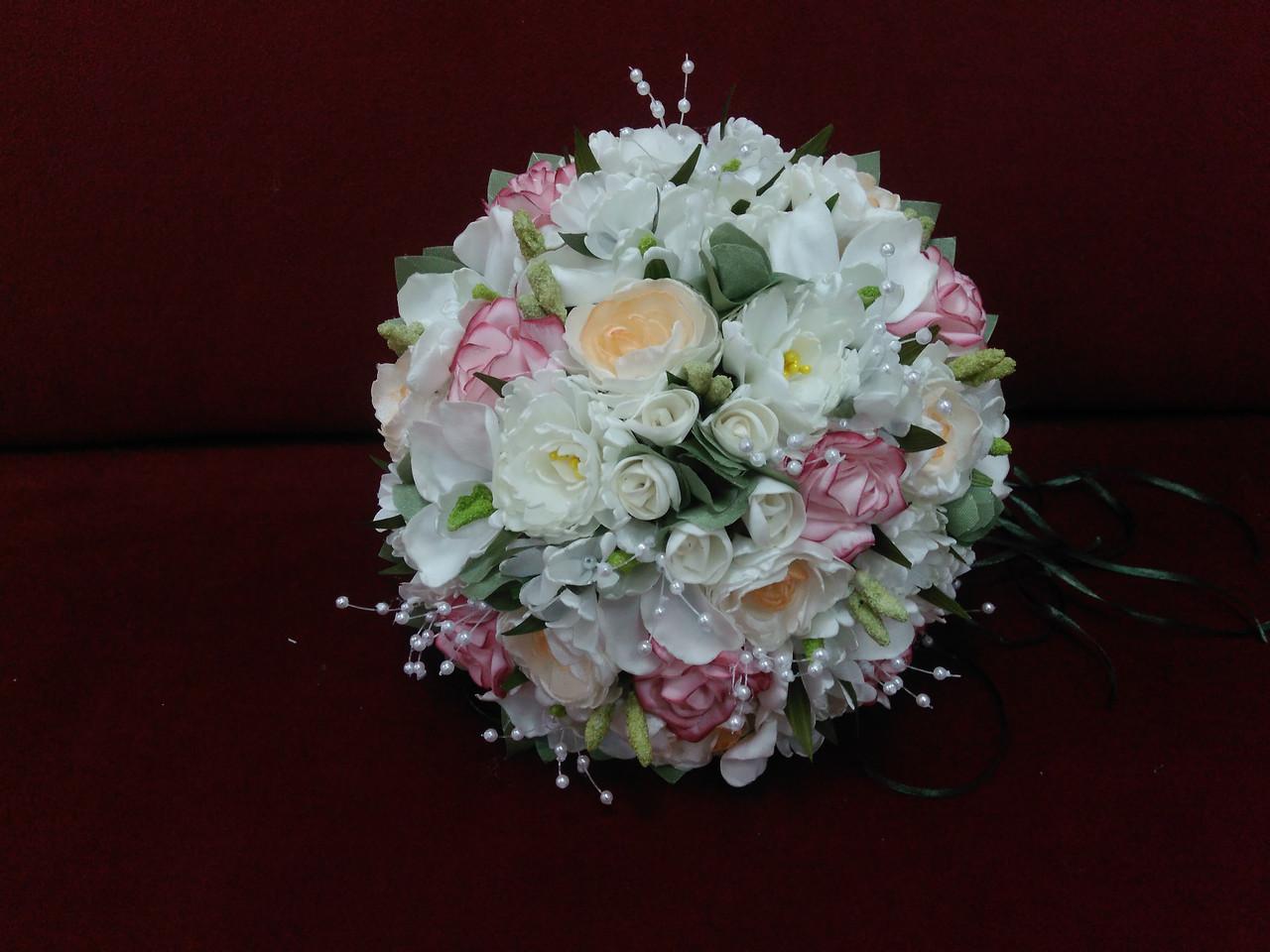 Свадебный букет-дублер из орхидей, роз и пионов в молочно-розовых тонах