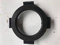 Кольцо отжимных рычагов СМД-60 (150.21.240)