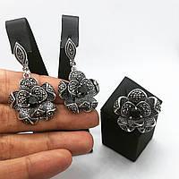 Набір прикрас кільце і сережки квіти і онікс з срібла 925 My Jewels з марказитами (розм.18,5 - 19 мм), фото 1