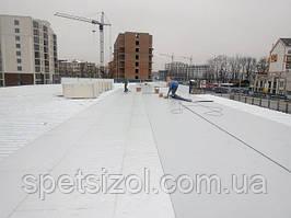"""Нашей бригадой #RoofersPVCmembrane был выполнен монтаж утеплителя ПИР """"Изобуд"""" и ПВХ мембраны """"Пластфоил"""". В г. Киев на кровле супермаркета """"Фора""""."""