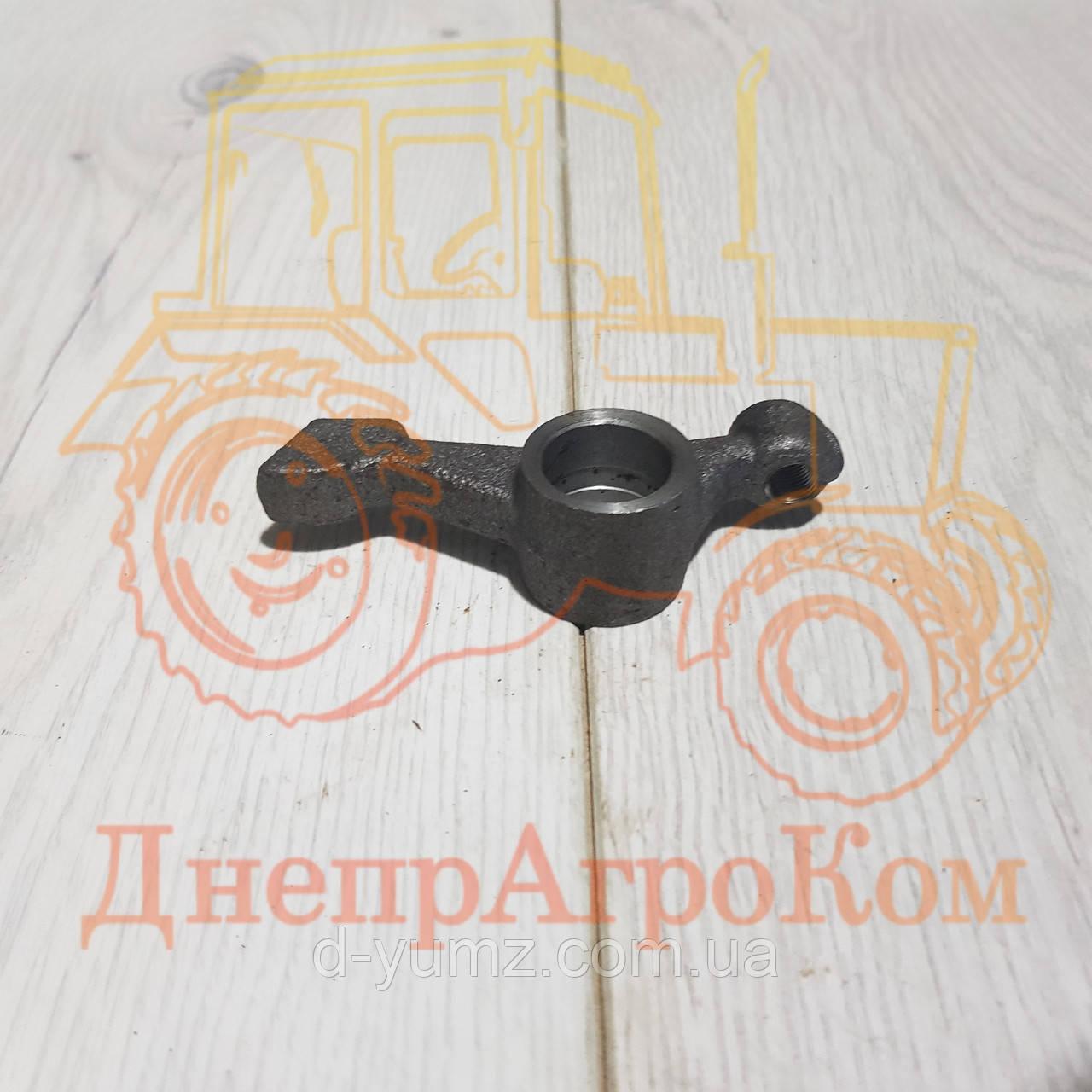 Коромысло клапана ЮМЗ Д-65 | Д65-1007116