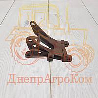 Кронштейн генератора ЮМЗ Д-65 | Д65-3701056-А
