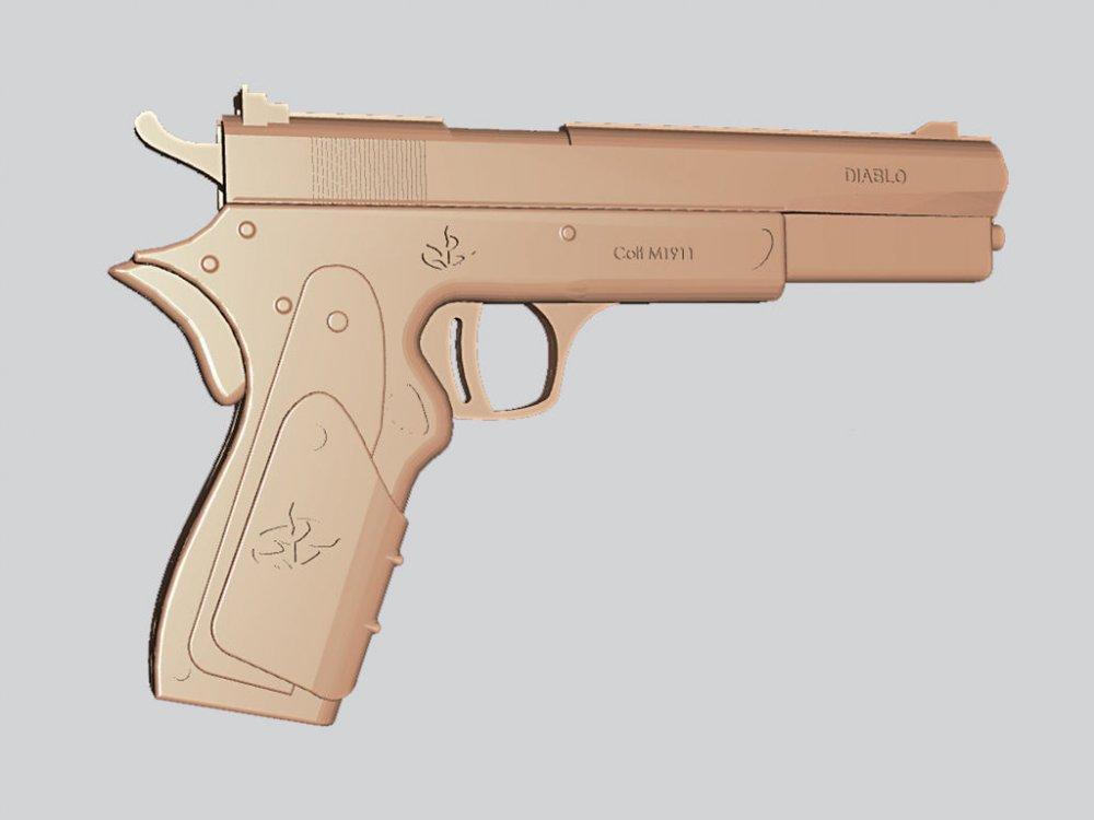 Оружие резное из дерева, пистолет Hitman