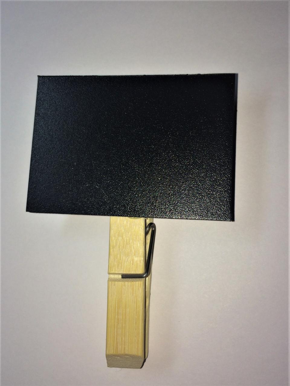 Меловой ценник 3х8 см с прищепкой держателем для надписей мелом и маркером. Грифельная табличка