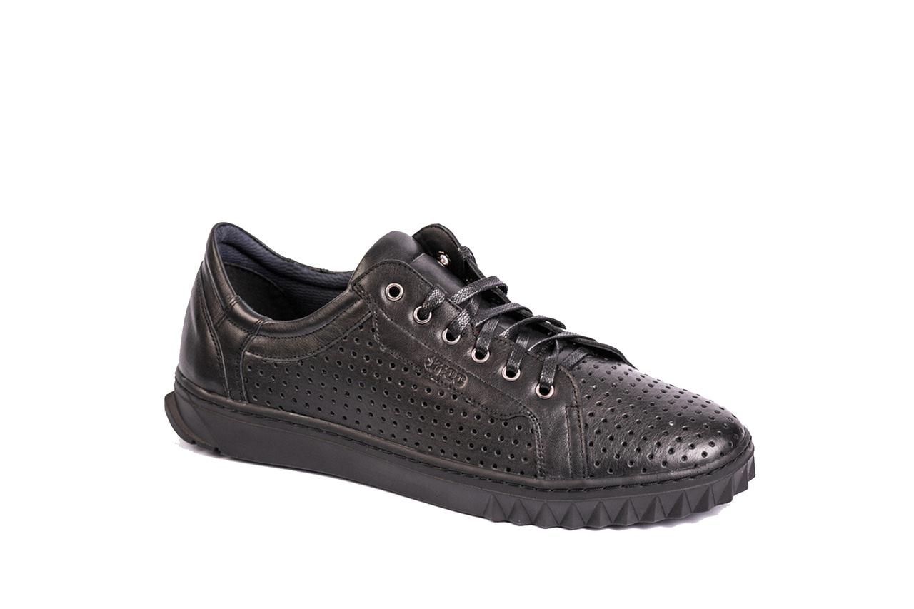 Чоловіче взуття ІКОС виготовлені з натуральних матеріалів - якість гарантуємо!