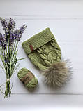 Вязаная шапка ручной работы с натуральным бубоном., фото 4