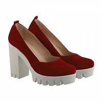Красные замшевые туфли, фото 1
