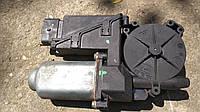 Б/У Мотор стеклоподъемника левый Renault laguna 2 400583K