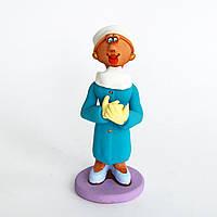 Глиняная статуэтка. Хирург женщина. Украинский сувенир