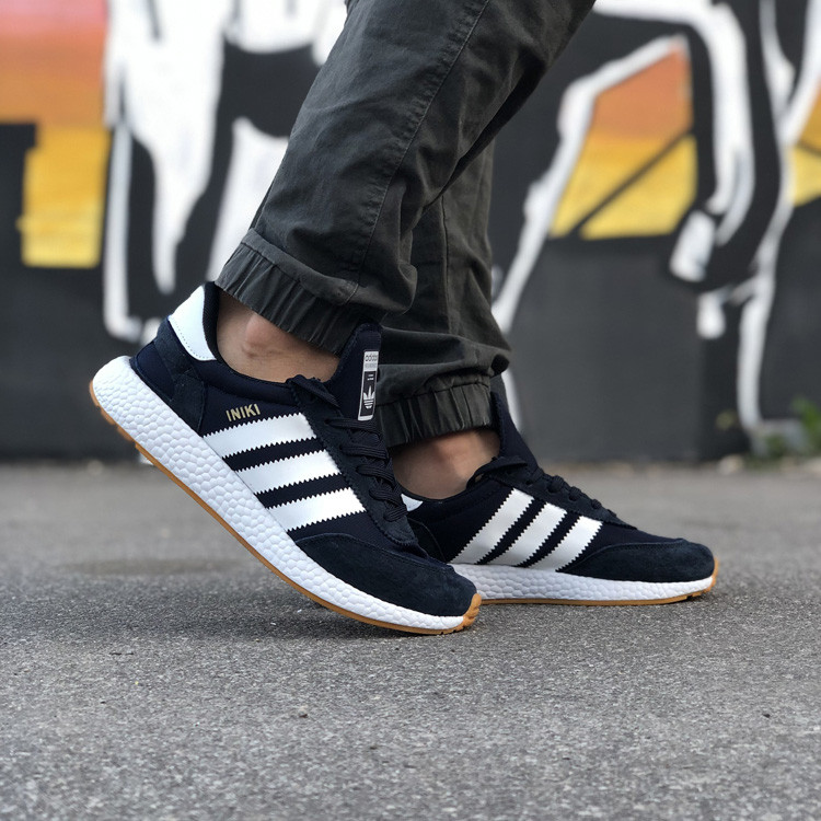 Стильні Чоловічі Кросівки Adidas Iniki чорні Якість Преміум Брендові Адідас репліка 43 44 45 46р