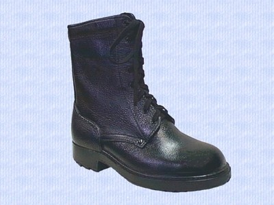 Ботинки армейские.