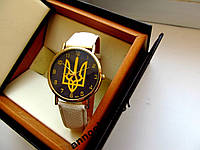 Патриотические кварцевые часы с гербом Украина