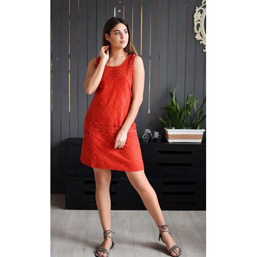 Красное стильное платье с красивой отделкой по низу. Размер M-2XL