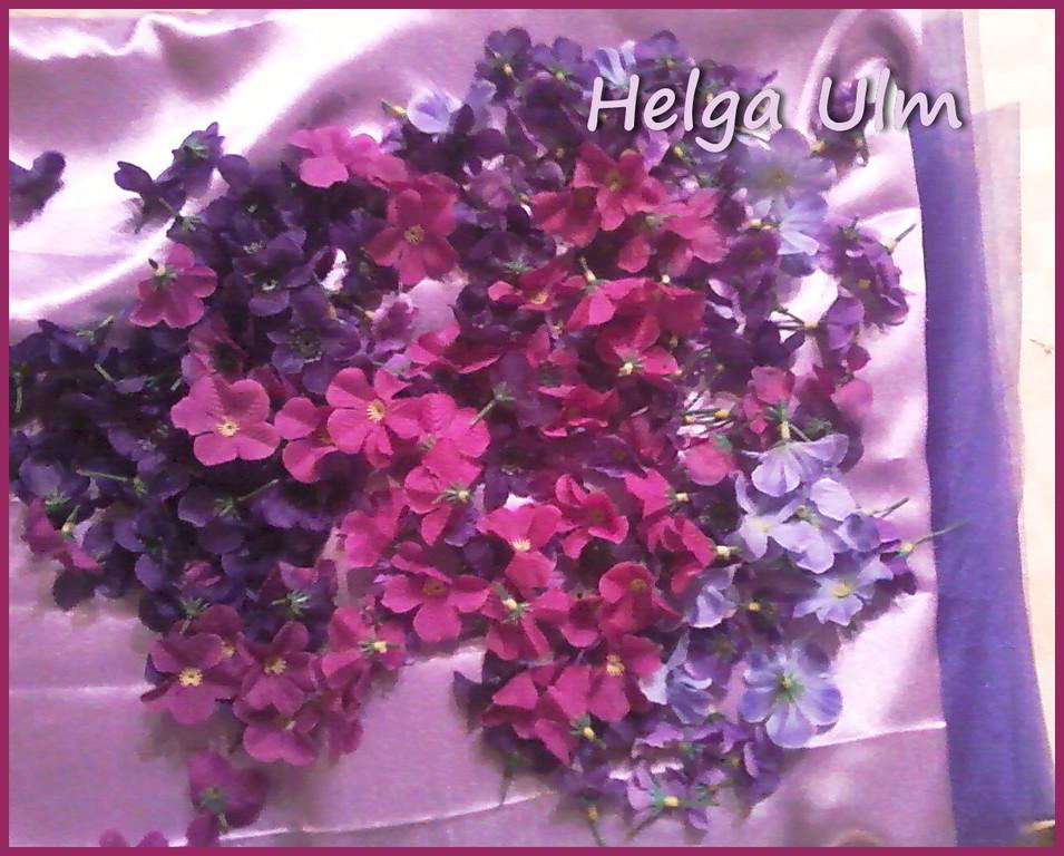 Тканини та квіти.