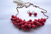 Дизайнерский комплект украшений – ожерелье и серьги «Заледенелые ягоды»
