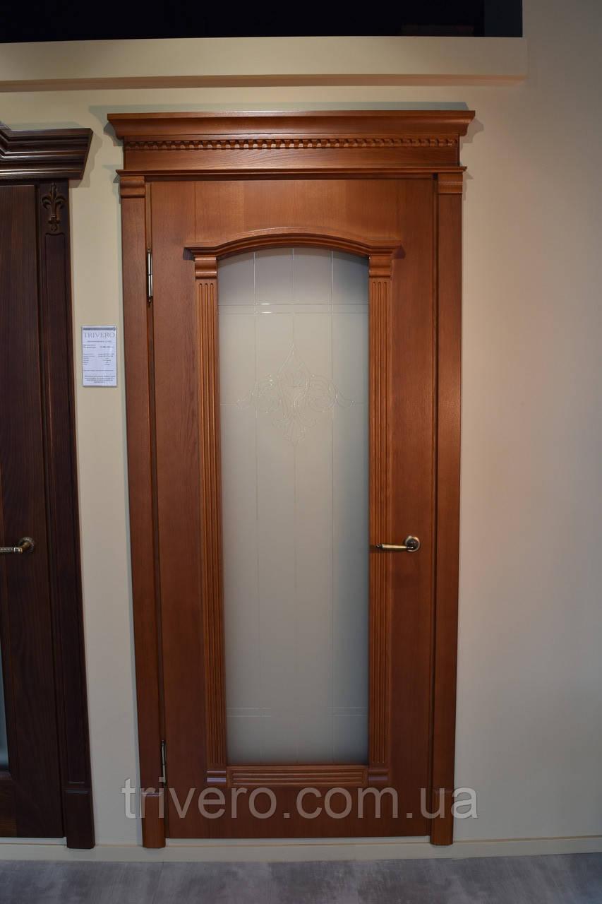 Міжкімнатні двері зі склом і контурним вітражем