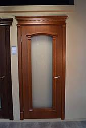 Межкомнатные двери со стеклом и контурным витражом