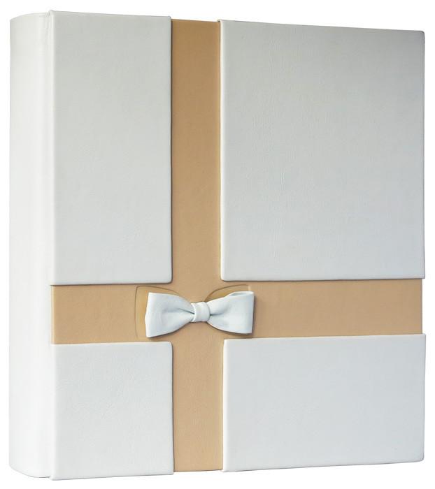 """Фотоальбом в шкіряній палітурці з художнім тисненням і дизайнерськими листами """"Капучіно"""" (весільний)"""