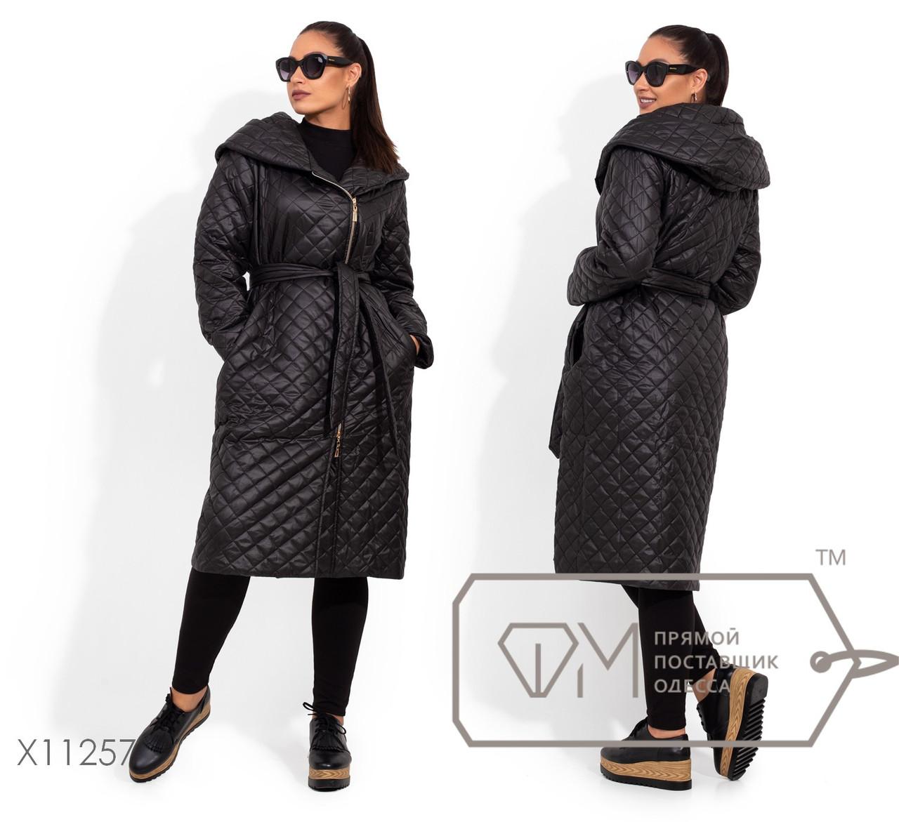 Стеганное черное Пальто в больших размерах  женское на молнии 1blr2067