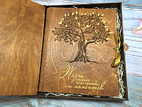 """Фотоальбом """"Дерево жизни"""" с золотыми элементами (листы 31х25 см)"""