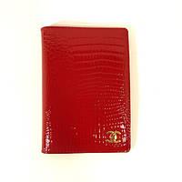 Обложка для паспорта кожаная женская 9012 красная, расцветки