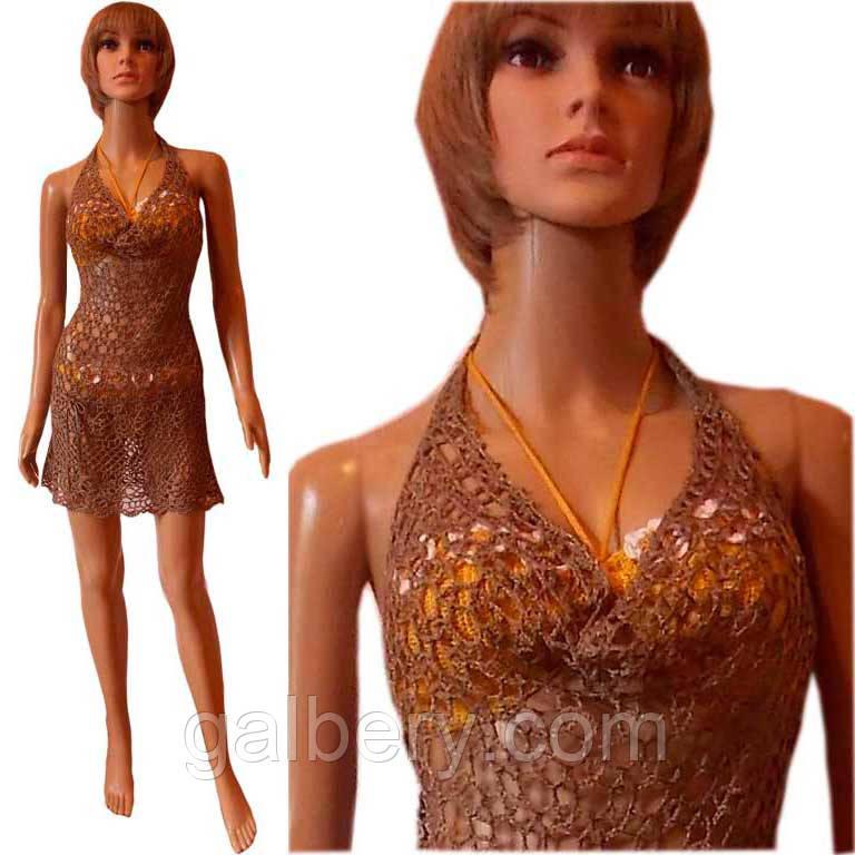 Вязаное крючком пляжное платье с открытой спиной