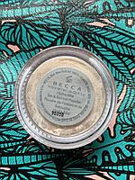 Рассыпчатая освежающая пудра BECCA Hydra Mist Set Refresh Powder