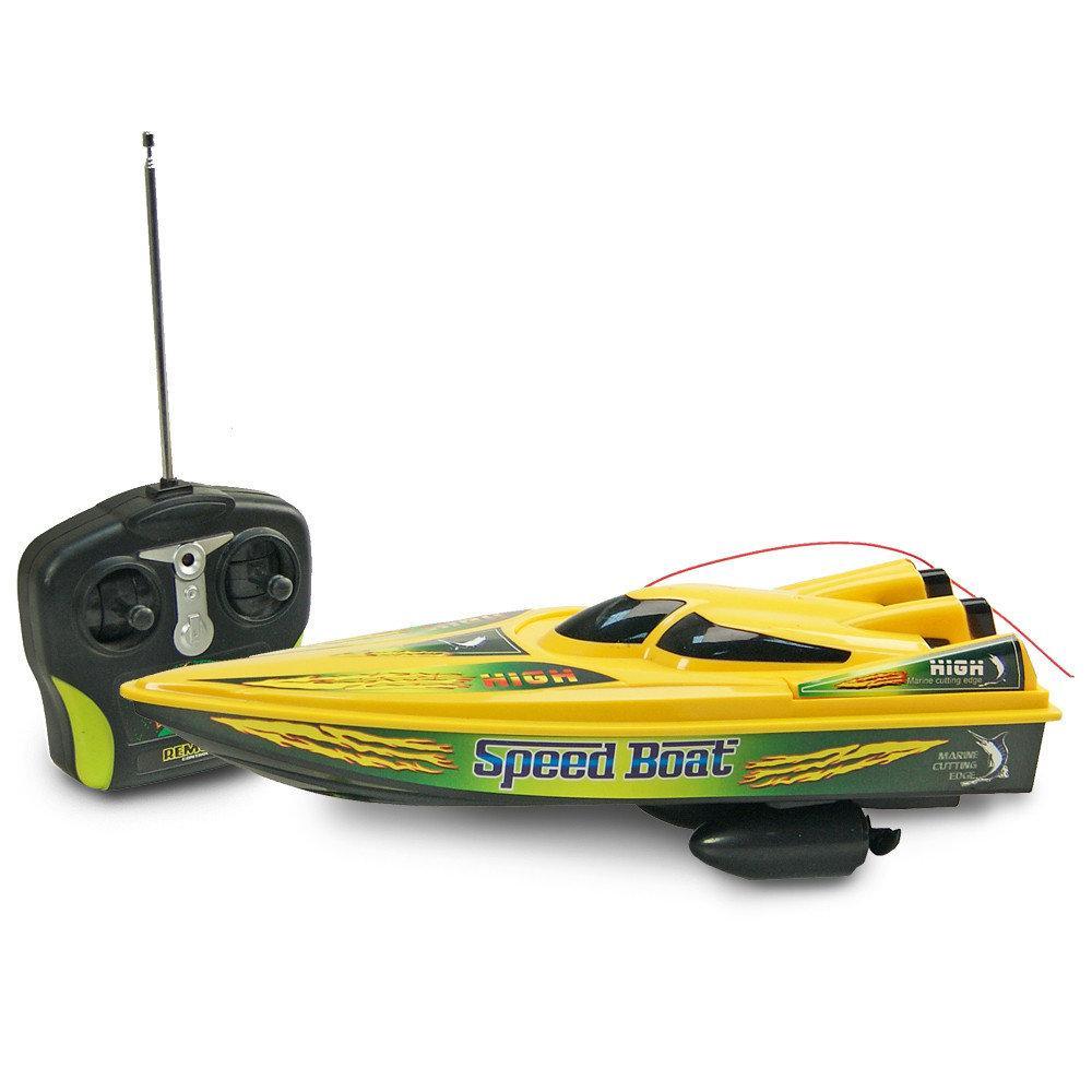Радіокерований катер з акумулятором