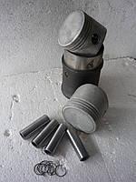 Поршневая группа УЗАМ двигателя Москвич V 1.8 литра , под 76 бензин, фото 1