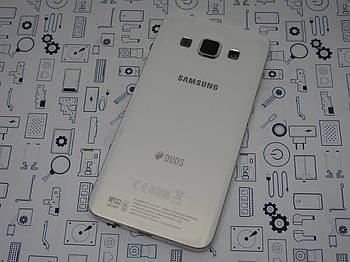 Уценка. Корпус Samsung Galaxy A3 SM-A300H задняя крышка белый