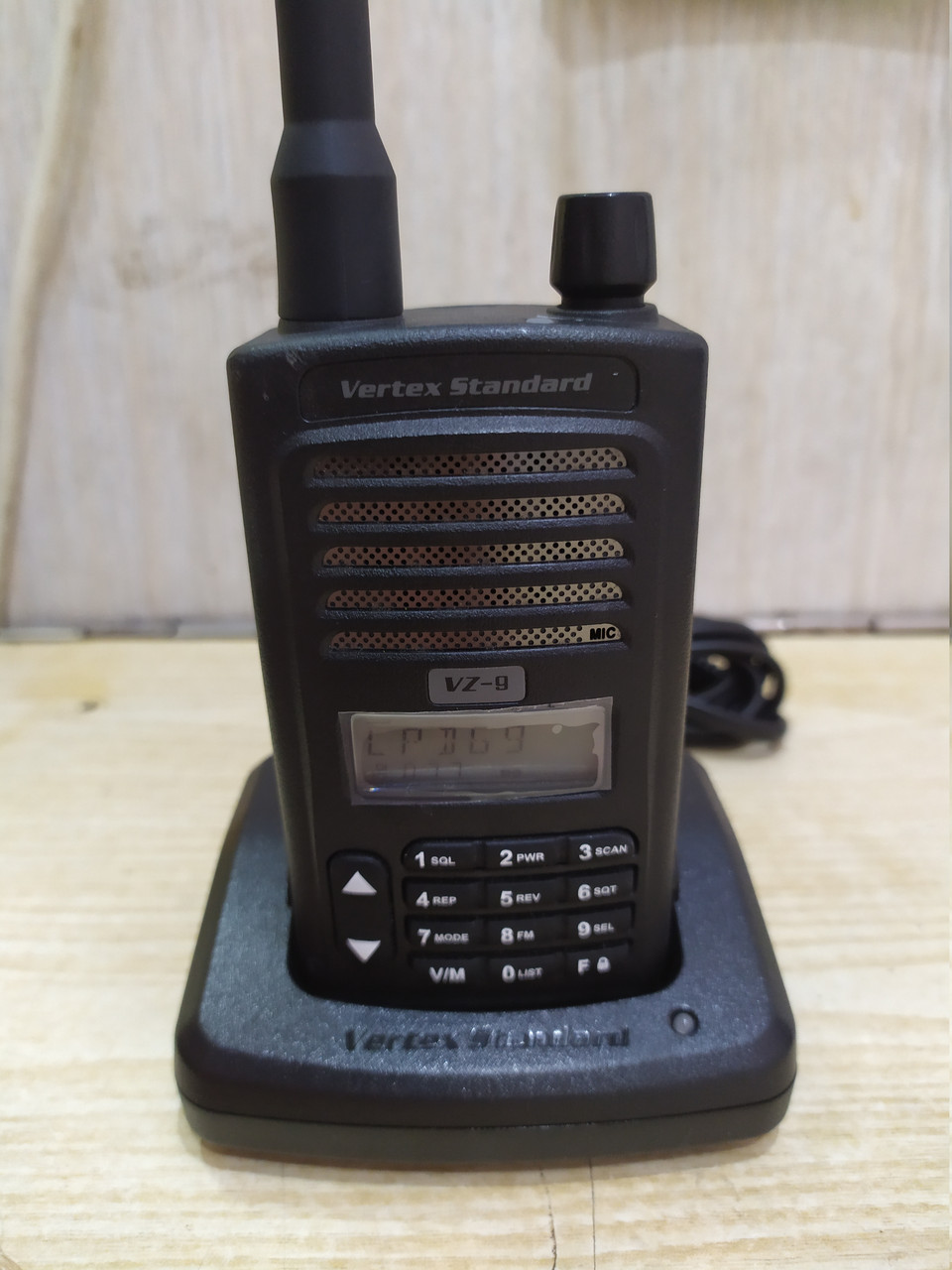 Vertex Standard VZ-9 радиостанция, б.у.