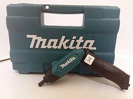 Акумуляторна викрутка Makita DF 001 DW