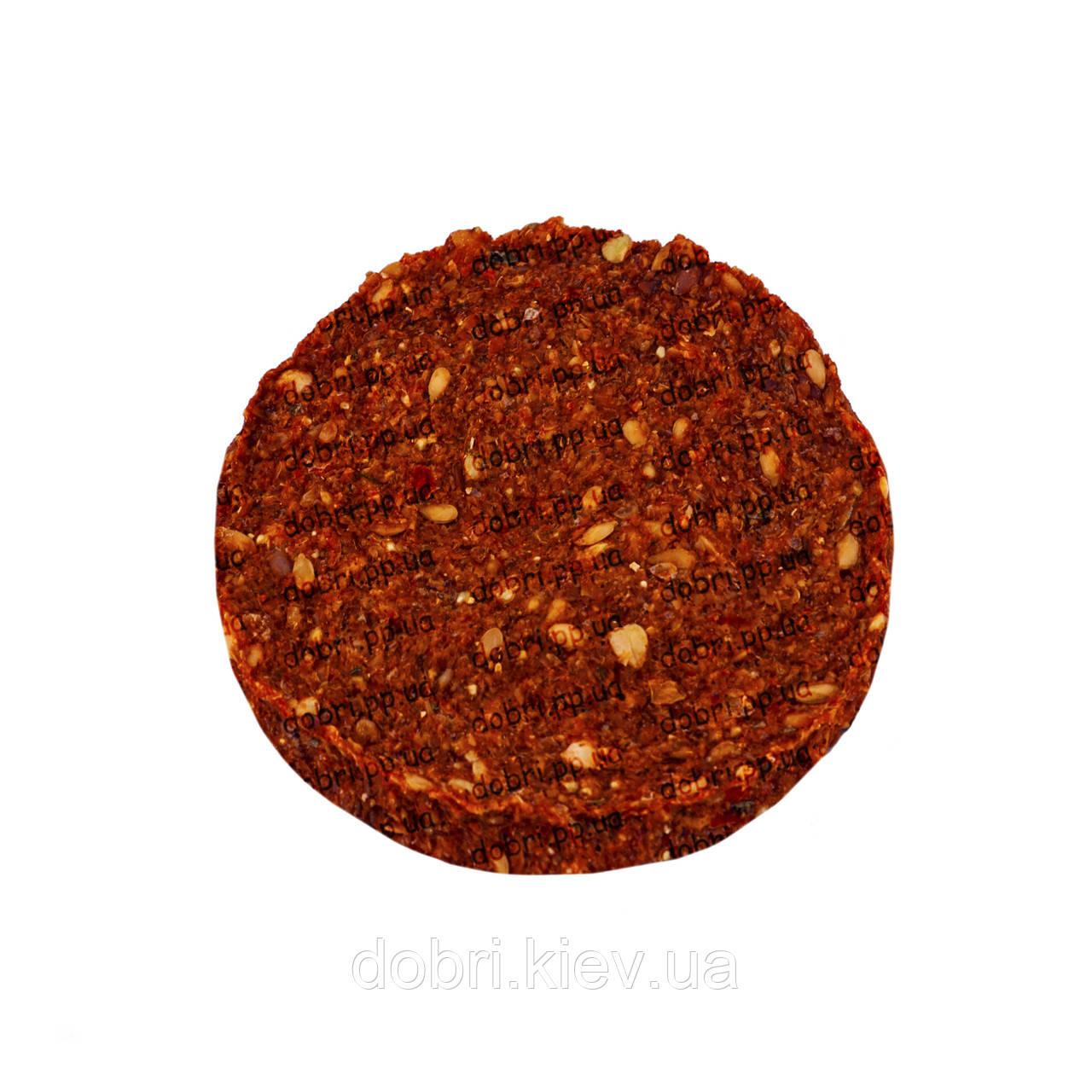 Хлебцы гречишно-льняные с помидорами (100 г).  RAW