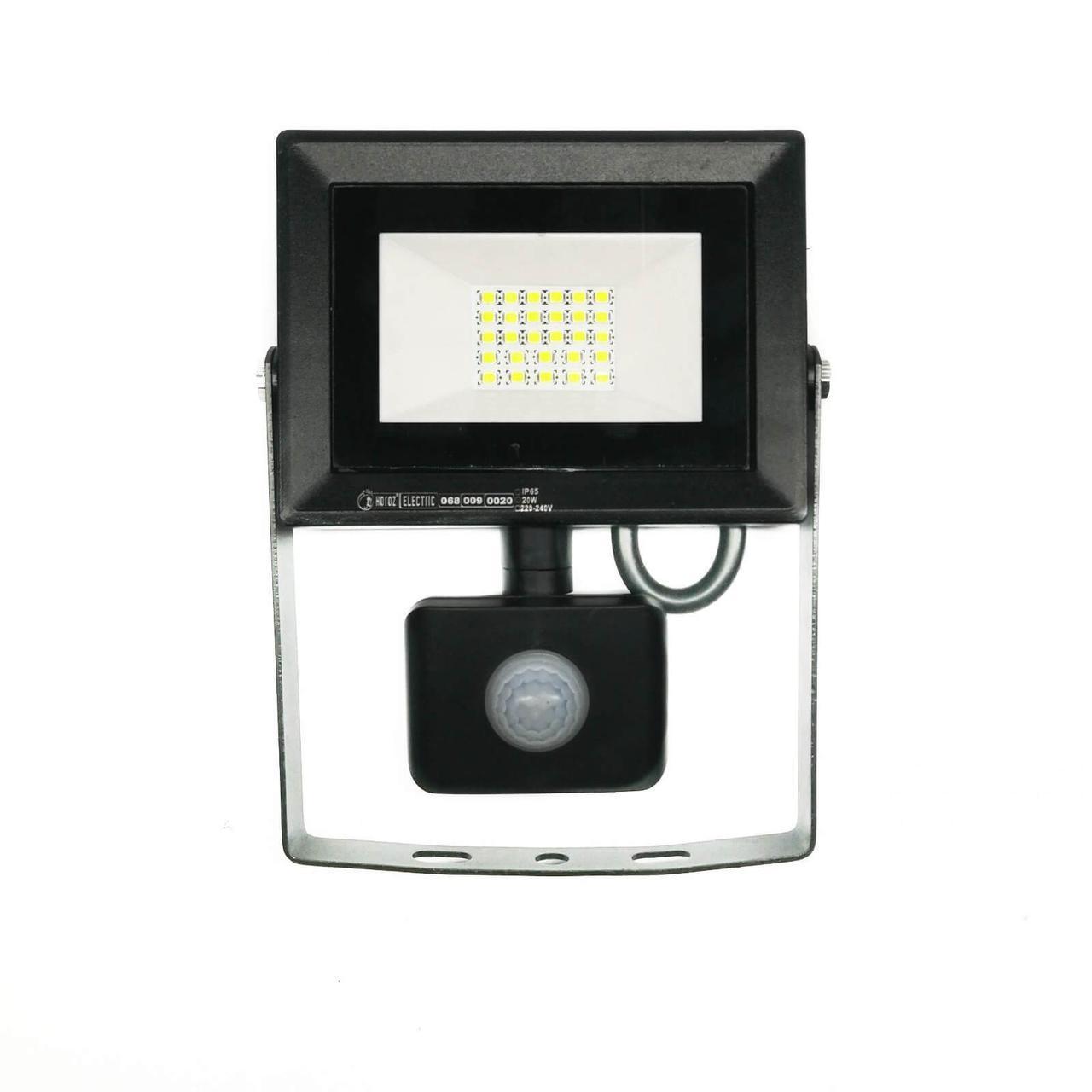 Светодиодный прожектор с датчиком движения 20W 6400K Pars/s-20 Horoz Electric