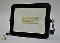 Светодиодный прожектор 50W 6400K LUMEN