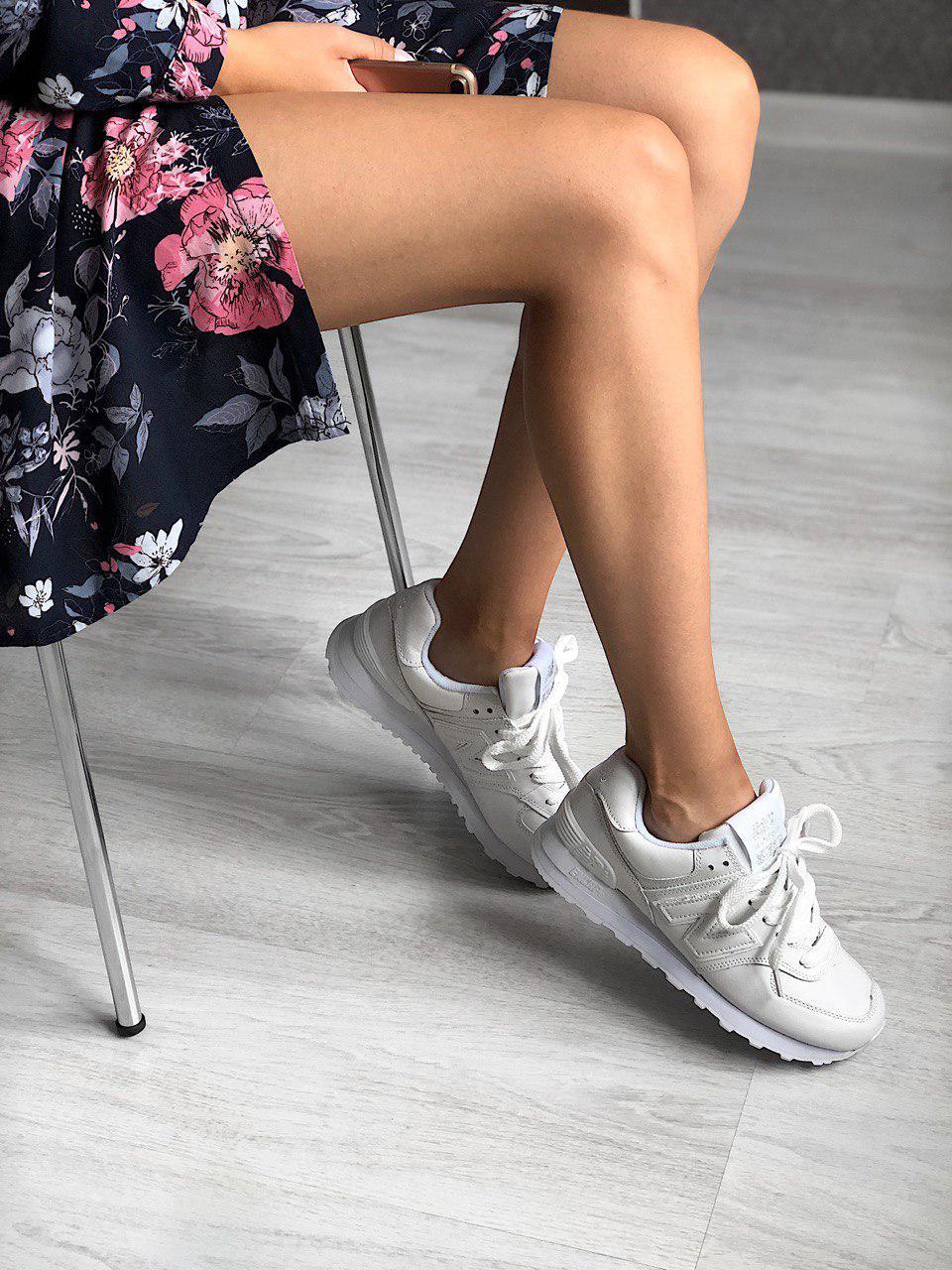Белые женские кроссовки New Balance 574 из натуральной кожи