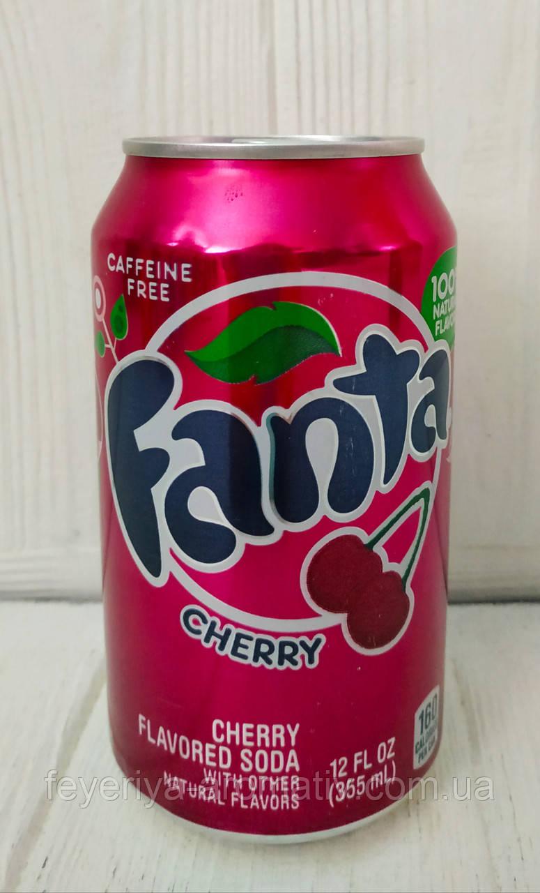 Газированный напиток Fanta Wild Cherry 355мл (США)
