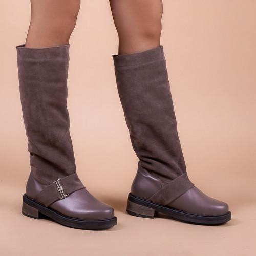 Модные  сапоги широкие в щиколотке на устойчивом каблуке размеры 36-40