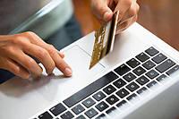 Кредит онлайн на карту 24/7 не выходя из дома