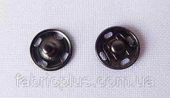 Кнопка пришивная  1 см. черная
